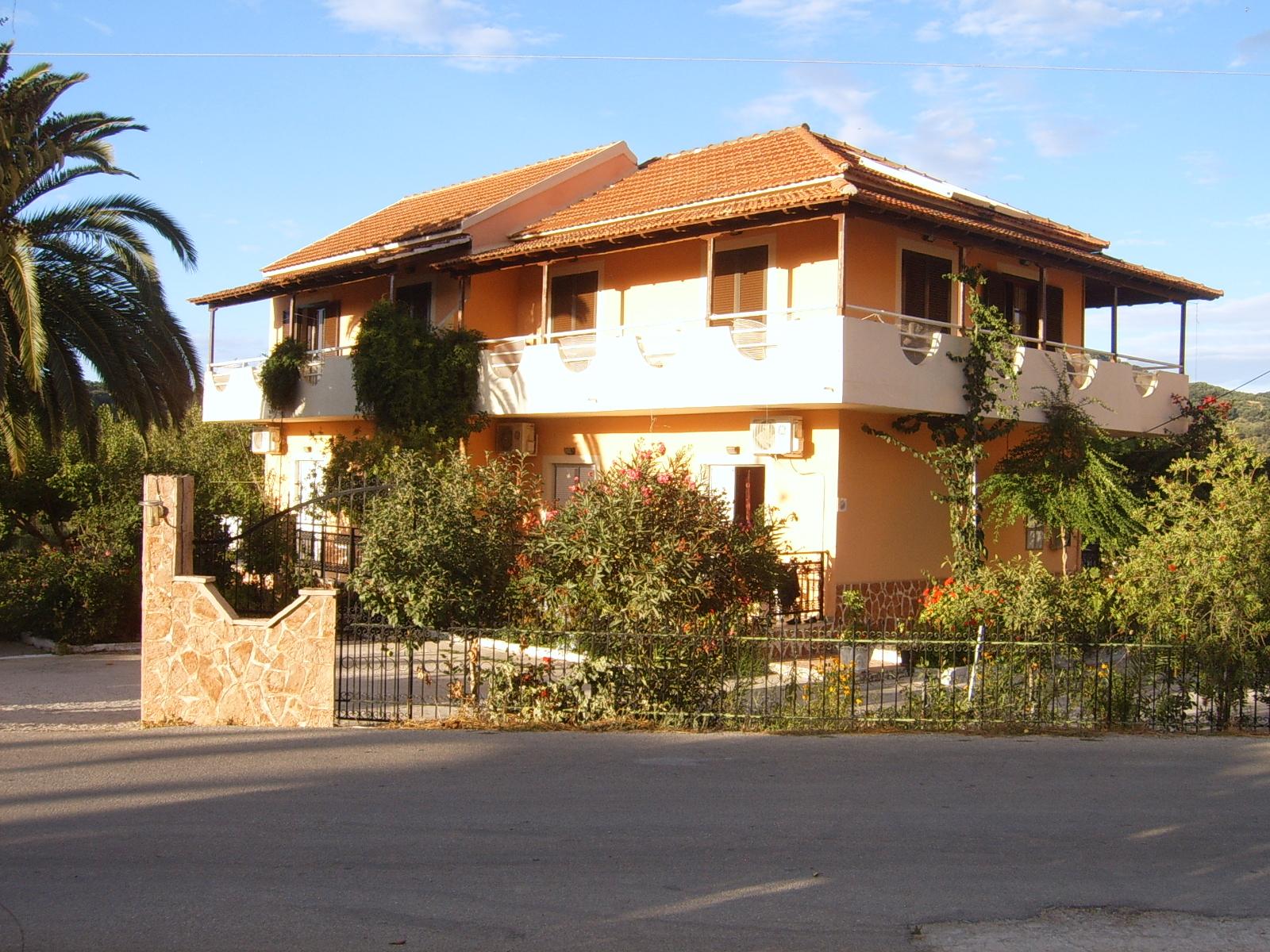 Nikos kokkinos House